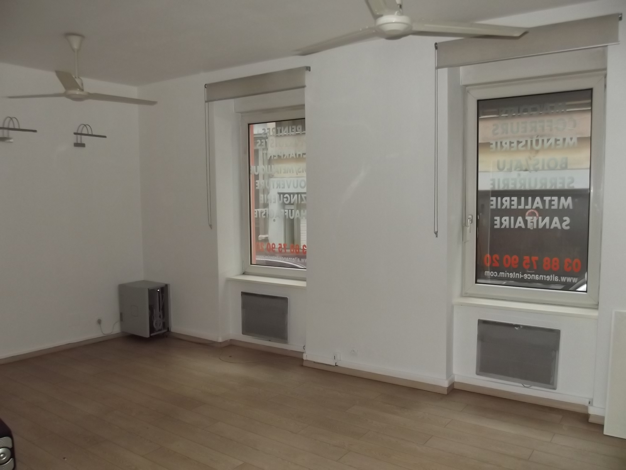 F1 37 m centre ville pluriel immobilier agence for Agence immobiliere 37