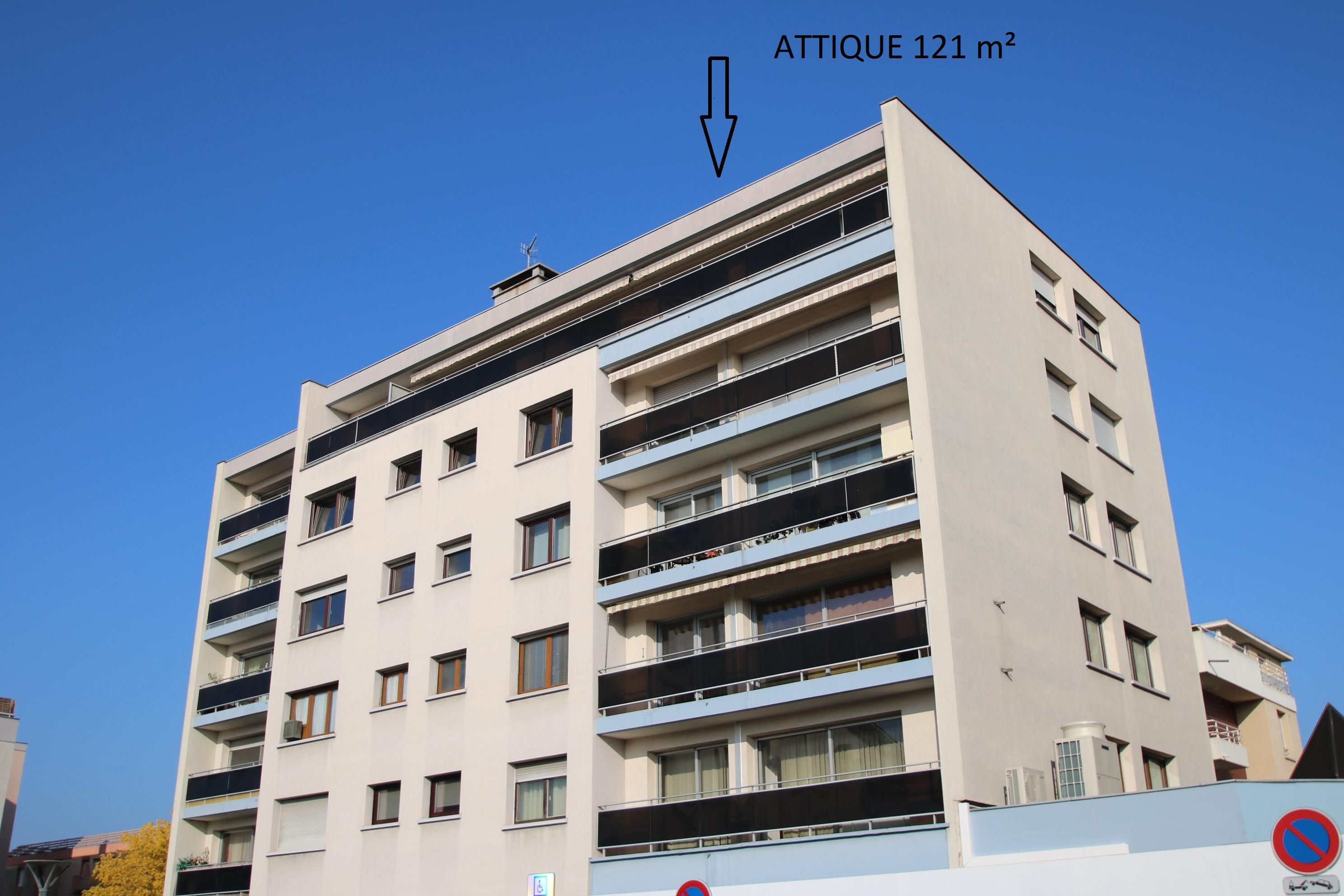 Dernière étage, Appartement 121 m², 5/6 pièces, grande terrasse et garage