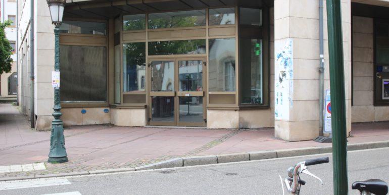 facade vitrine neutre