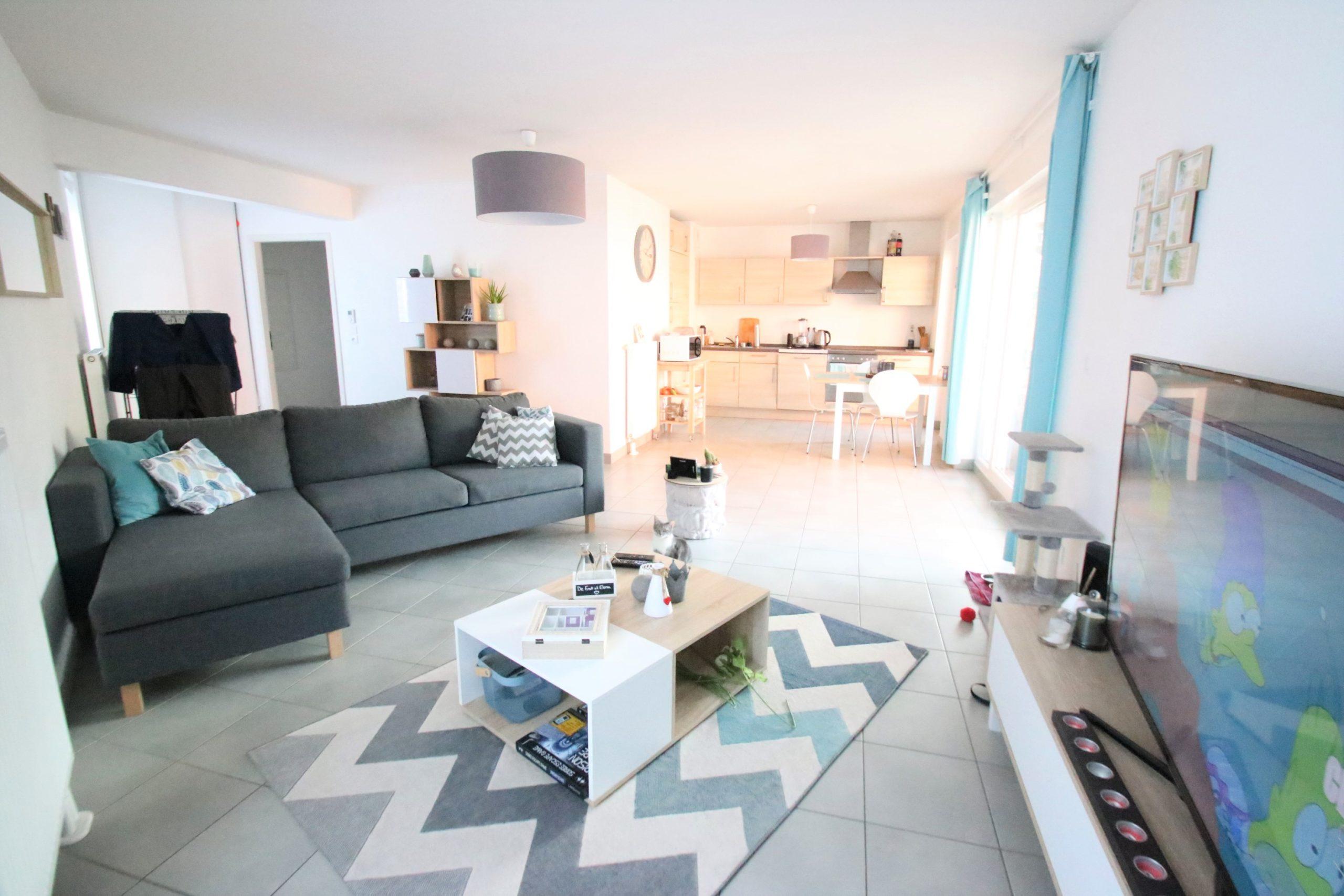 Strasbourg-Stockfeld, appartement 2/3 pièces, 65 m2, terrasse 20 m2, garage.
