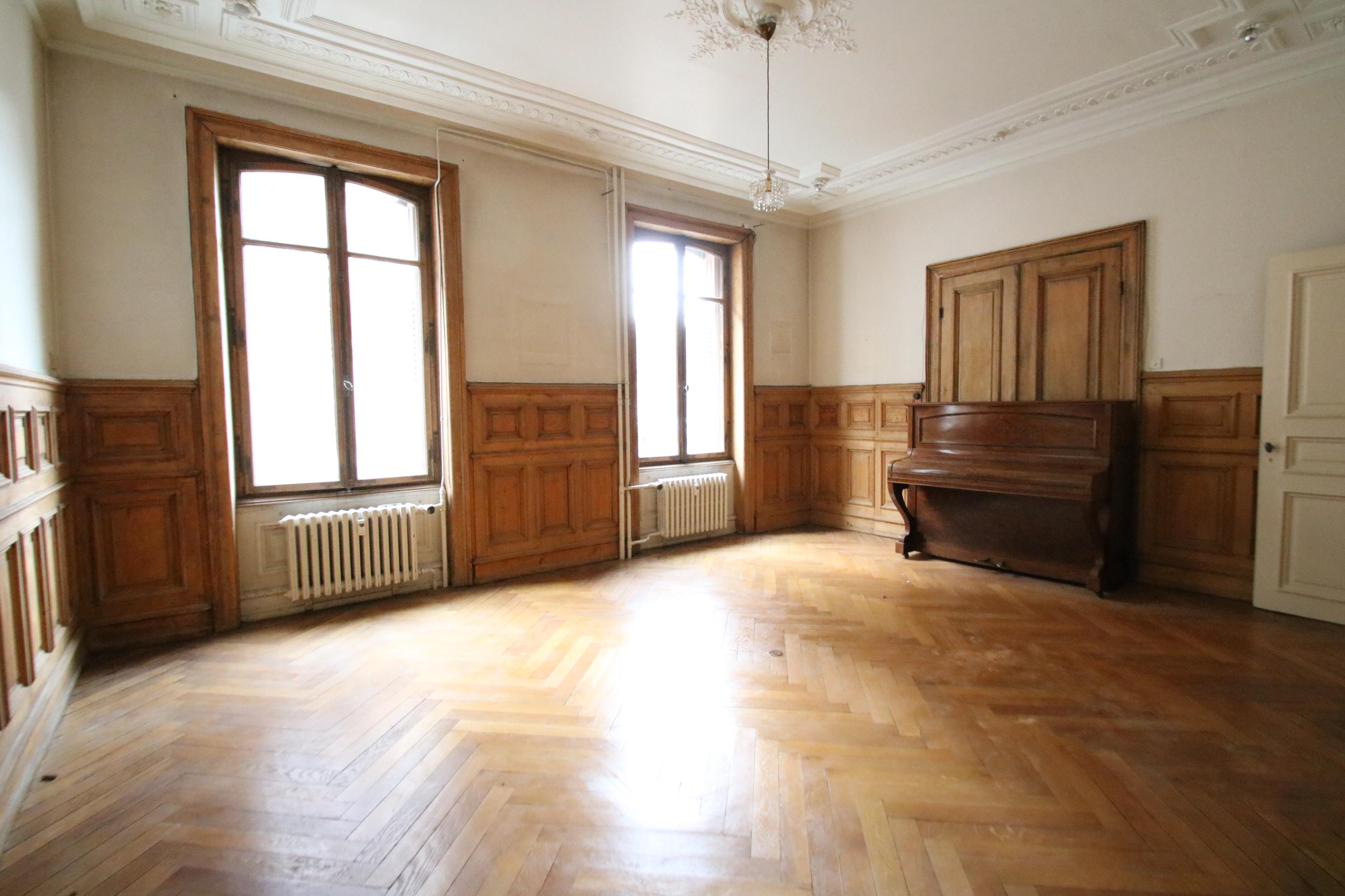 Joli bureau 3 pièces 89m² Allée de la Robertsau