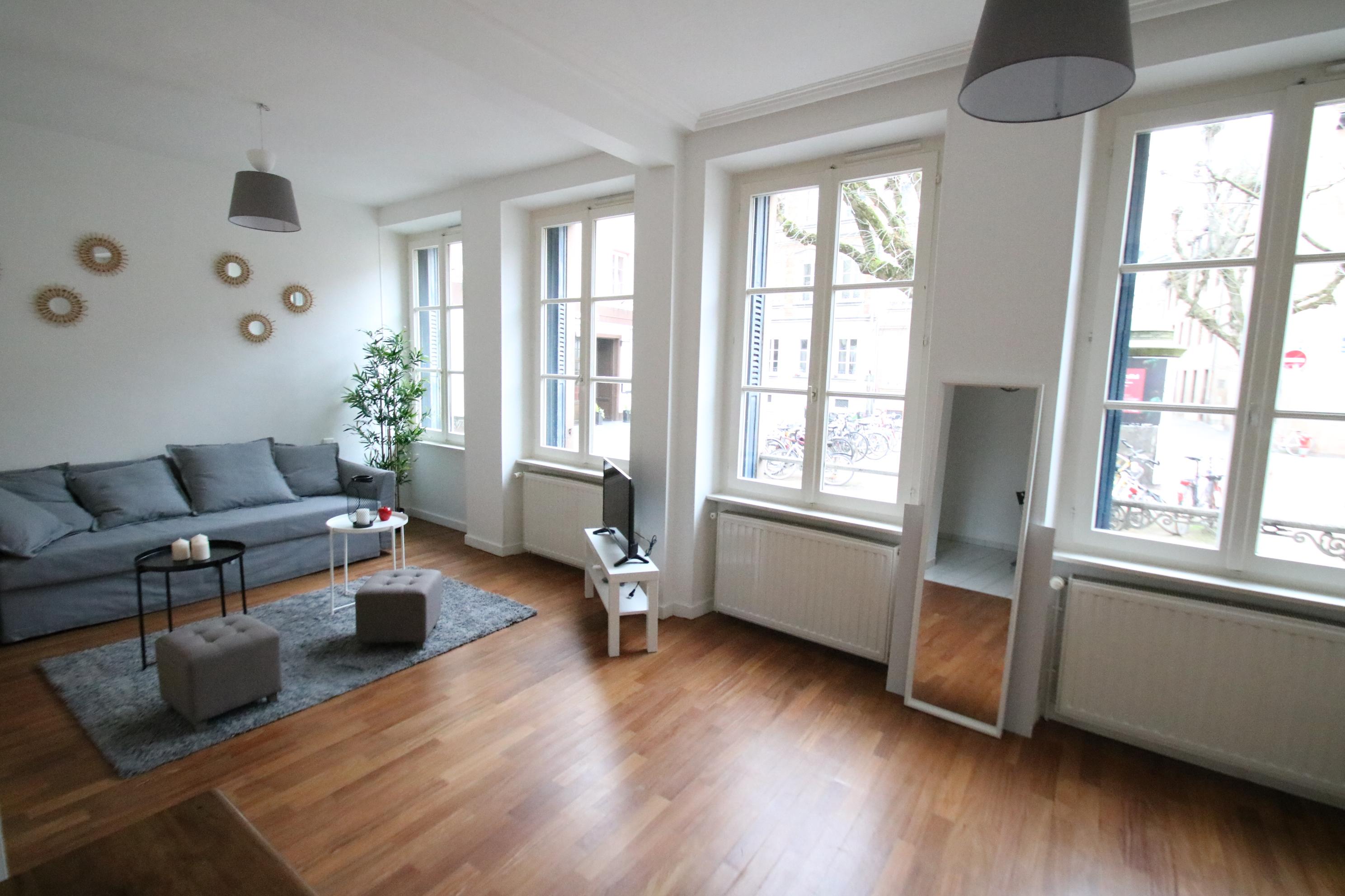 Joli studio 35m² meublé Place des Orphelins à STRASBOURG