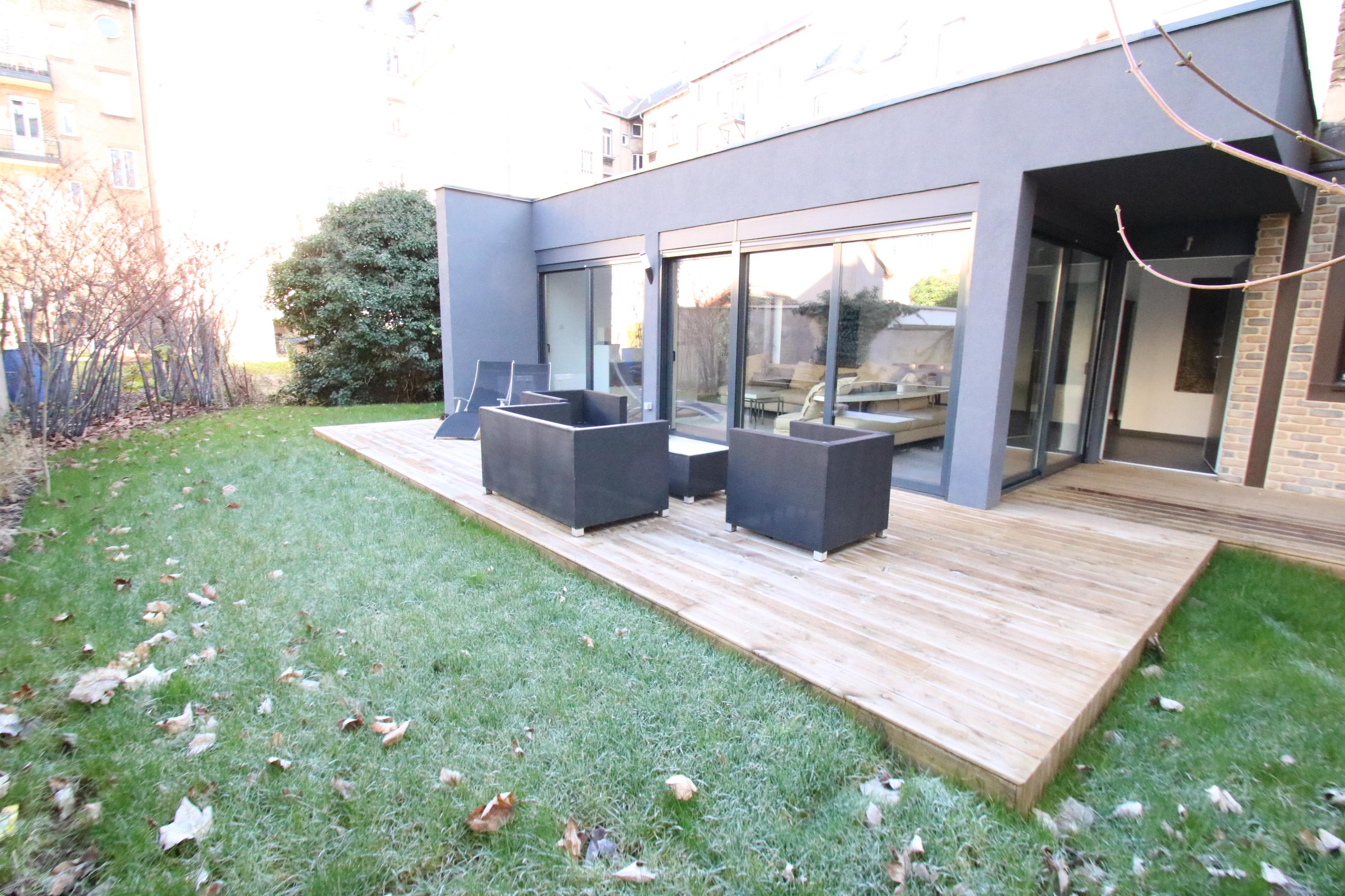 Exceptionnelle maison individuelle meublée 117m² à l'Orangerie