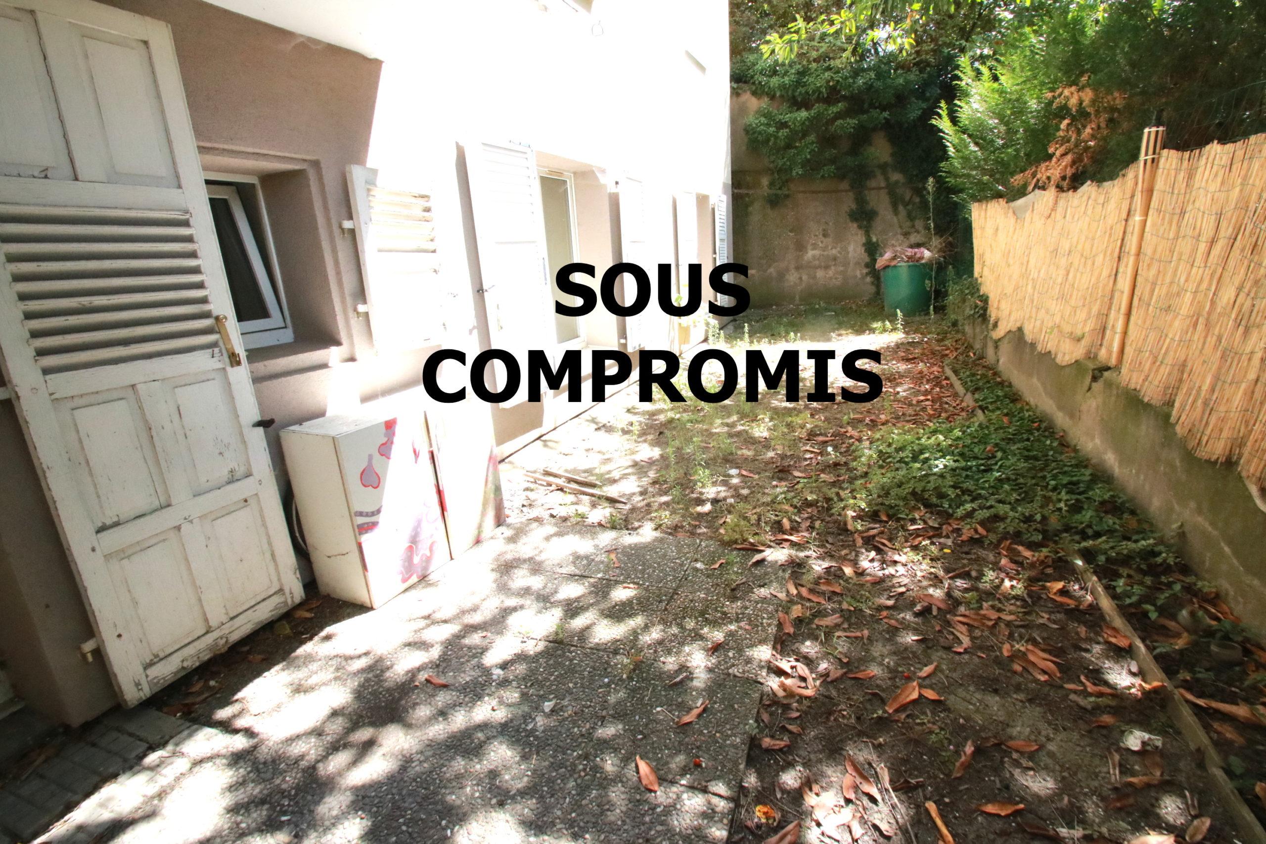 SOUS-COMPROMIS, Neudorf, F1 en Rez de jardin 38 m2, à rénover